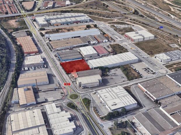 Solar industrial de 3.780 m² a la venda - Palleja, Barcelona #1