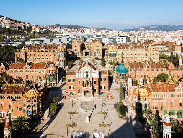 Solar destinado a uso residencial situado en el barrio de la Sagrada Familia, Barcelona. #3