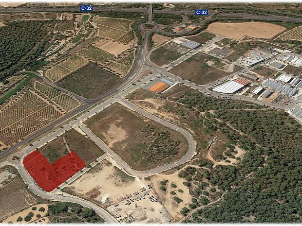 Solar industrial en venta de 3.666 m² - Calafell, Tarragona. #1