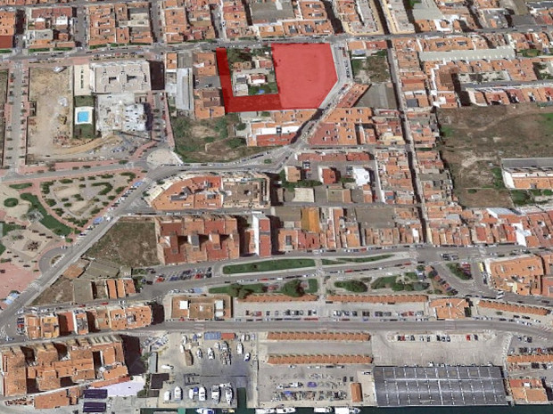 Urban land consolidated in Vinaròs, Castellón. #2